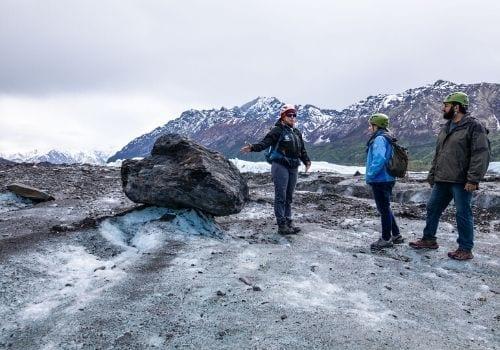 matanuska-glacier-hike-tour-summer